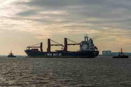 ship-4642305 1920